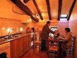 Cocina de casa rural Jauregia, Aniz, valle de Baztan :: Agroturismos en Navarra