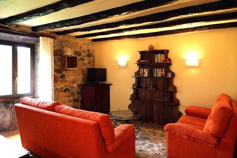 Rincón de descanso de casa rural Jauregia, Aniz, valle de Baztan :: Agroturismos en Navarra