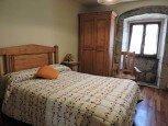 Dormitorio de casa rural Loperena, Goldaratz :: Agroturismo en Navarra
