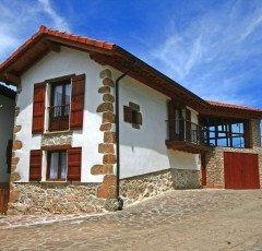 Eltson Etxea, agroturismo en Donamaría, Navarra
