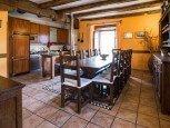Cocina y comedor de casa rural Etxeberria, Oskoz :: Agroturismos en Navarra