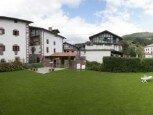 Jardín de casa rural Ballenea, Erratzu, valle de Baztan :: Agroturismo en Navarra