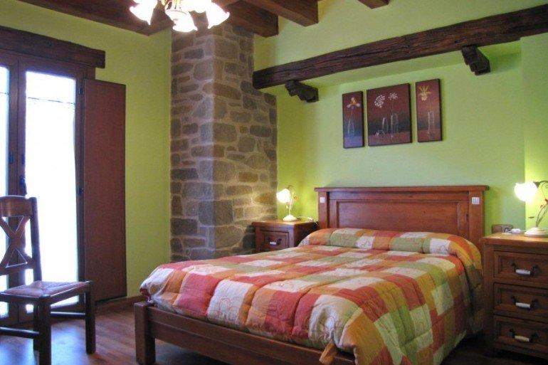 Habitación de casa rural Enarakabi, Urrizelqui :: Agroturismos en Navarra