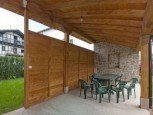 Porche de casa rural Kastonea, Erratzu, Valle de Baztan :: Agroturismo en Navarra