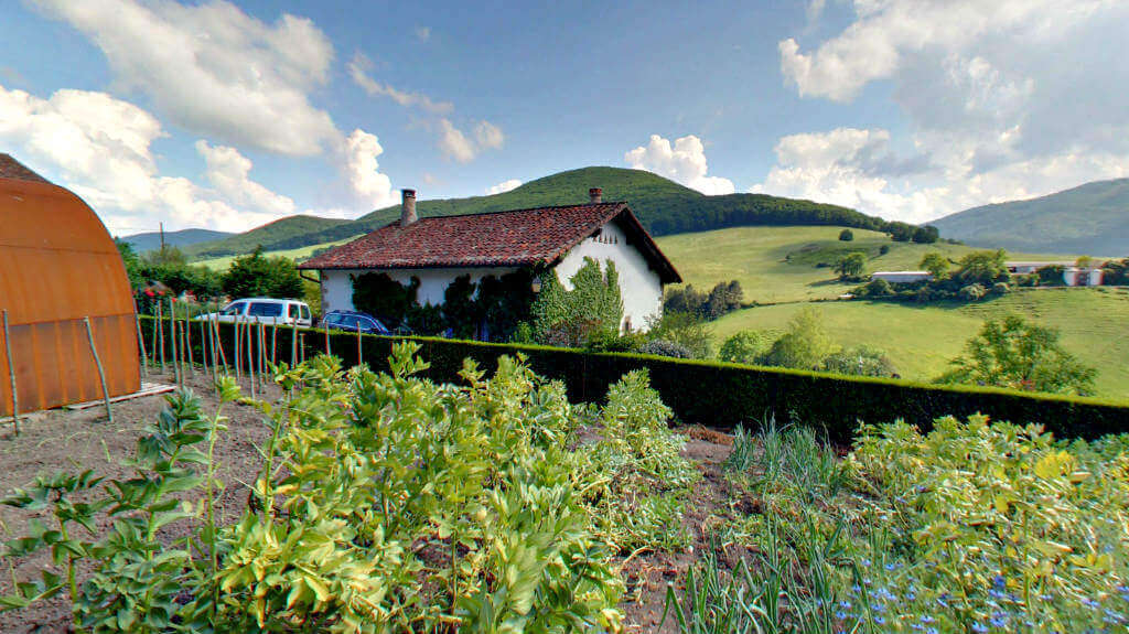 Huerta y vistas de casa rural Etxeberria :: Aberlore, Casas Rurales de Agroturismo en Navarra