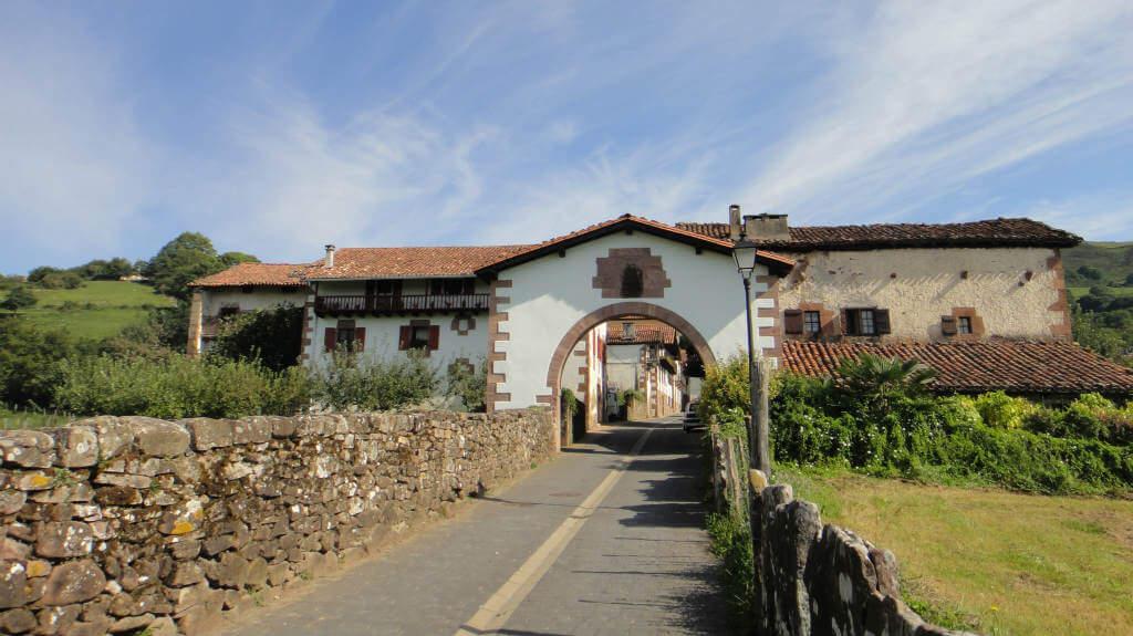 Amaiur/Maya, Valle de Baztán :: Abelore, Casas Rurales de Agroturismo en Navarra