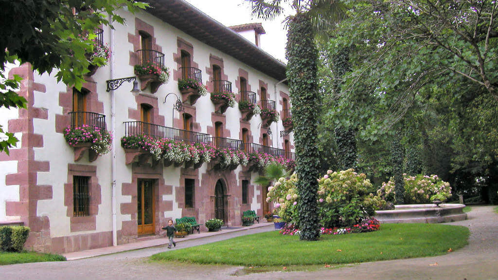 Señorío de Bértiz, Valle de Baztán :: Abelore, Casas Rurales de Agroturismo en Navarra