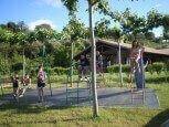 Zona de juegos infantiles en casa rural Haritzalotz, Zurucuáin, Tierra Estella :: Agroturismo en Navarra