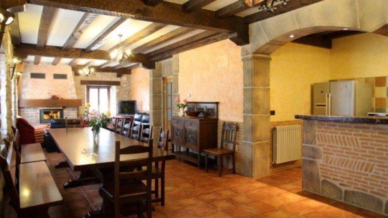 Comedor de casa rural Antxitorena :: Agroturismos en Navarra