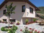 Terraza de casa rural Ibarbasoa, Moriones :: Agroturismos en Navarra