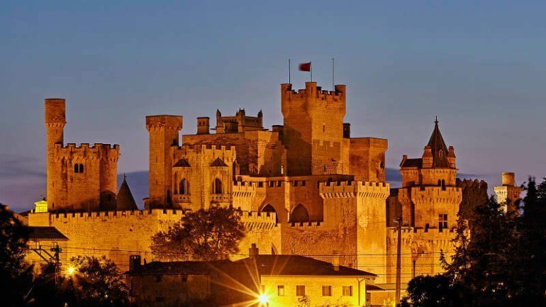 Castillo de Olite - Siéntete en la Edad Media :: Turismo en Navarra